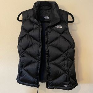 The North Face 550 Black Vest